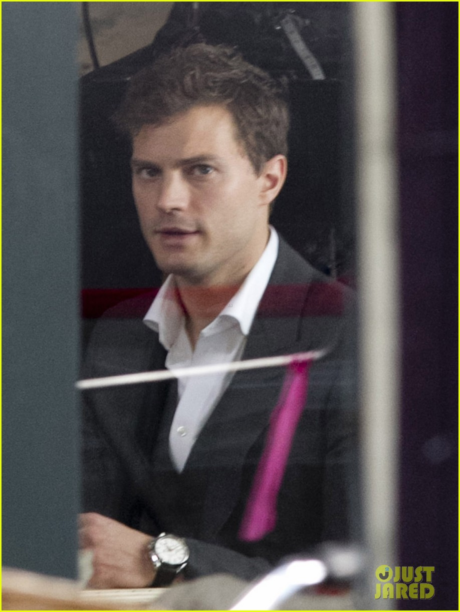 jamie dornan filming fifty shades of grey first photos on set 11