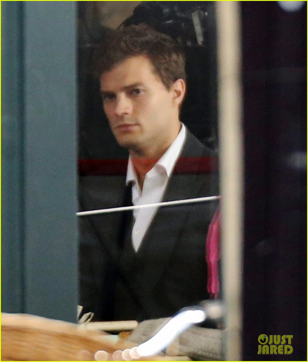 jamie dornan filming fifty shades of grey first photos on set 183002978