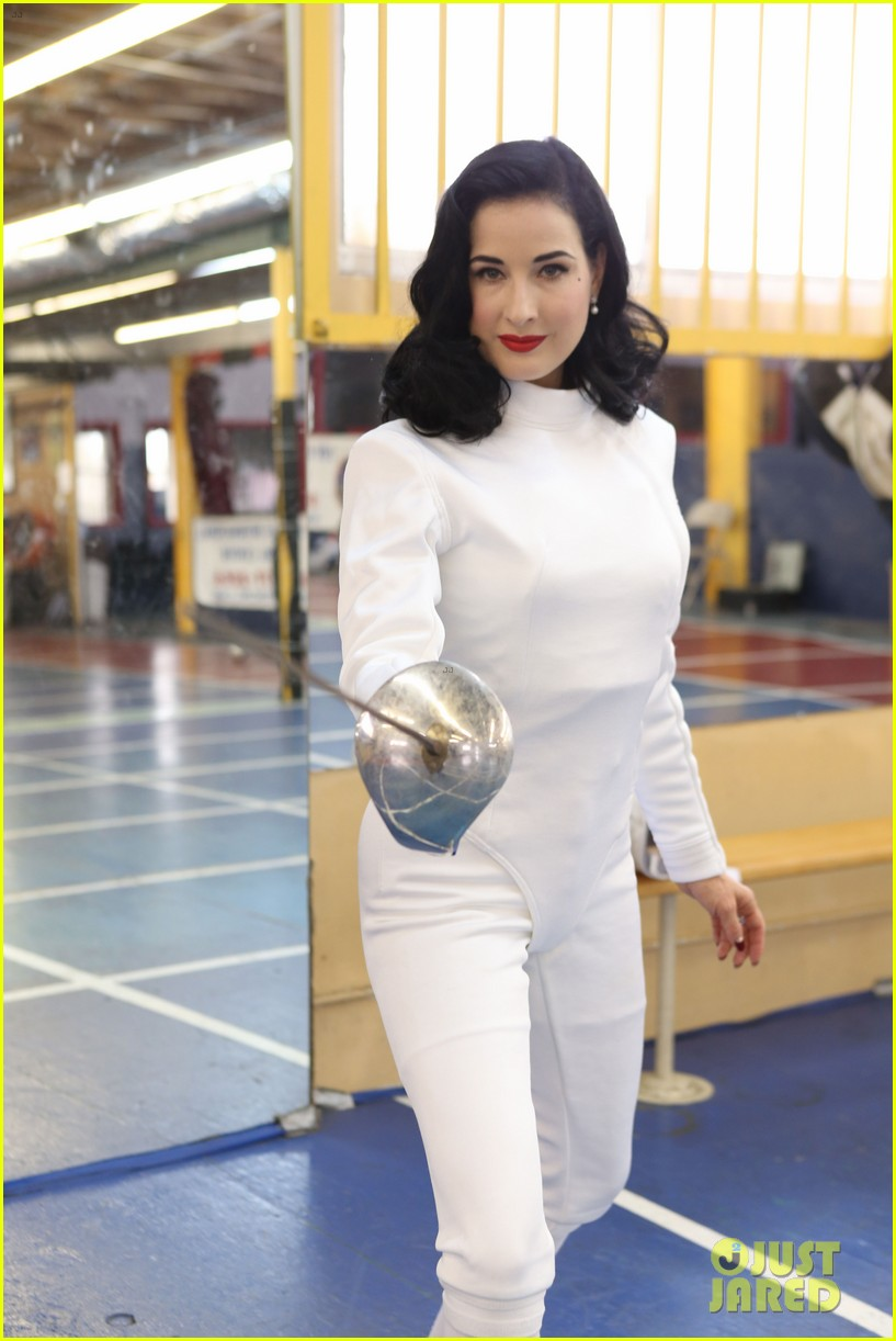 dita von teese twerking is not beautiful 063015465