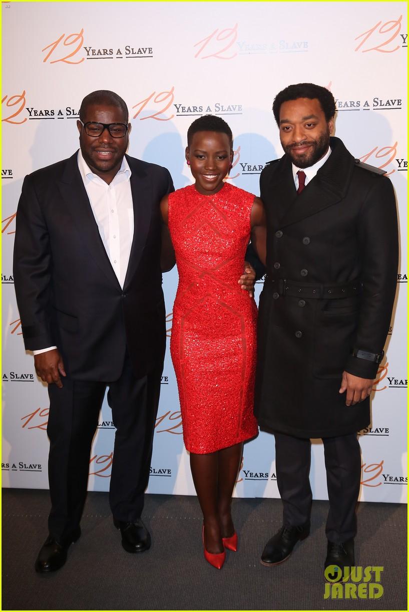 chiwetel ejiofor lupita nyongo 12 years a slave paris premiere 013010491
