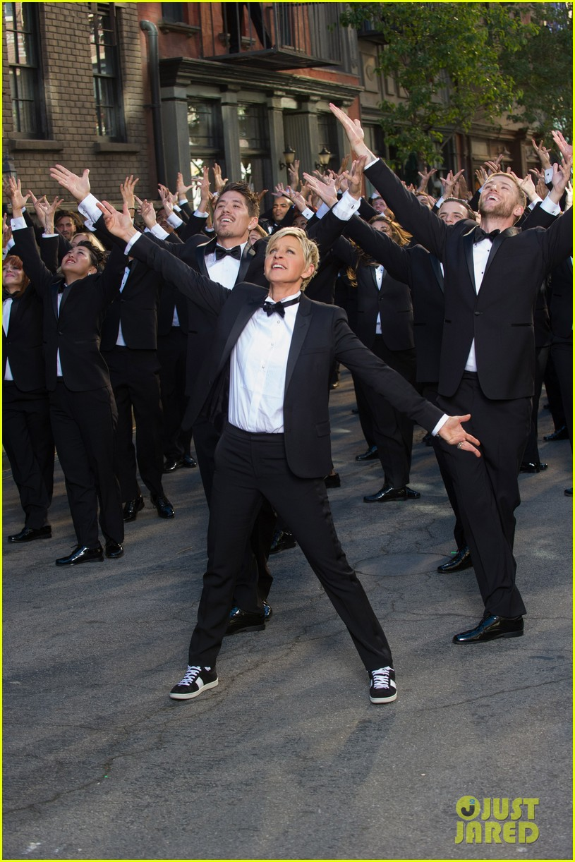 ellen degeneres dances down the streets in first oscars promo 023015108