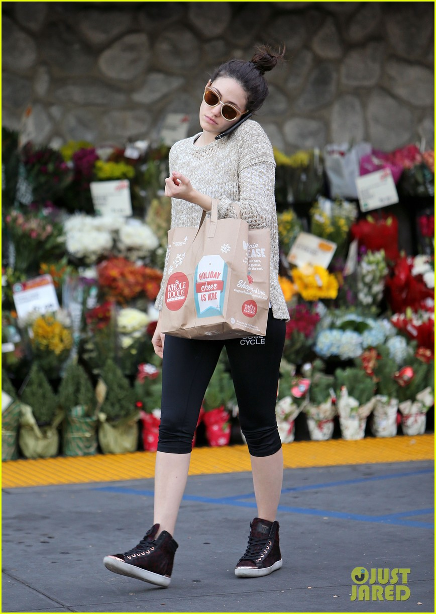 emmy rossum lazy catch up day with justin chatwin 033016608