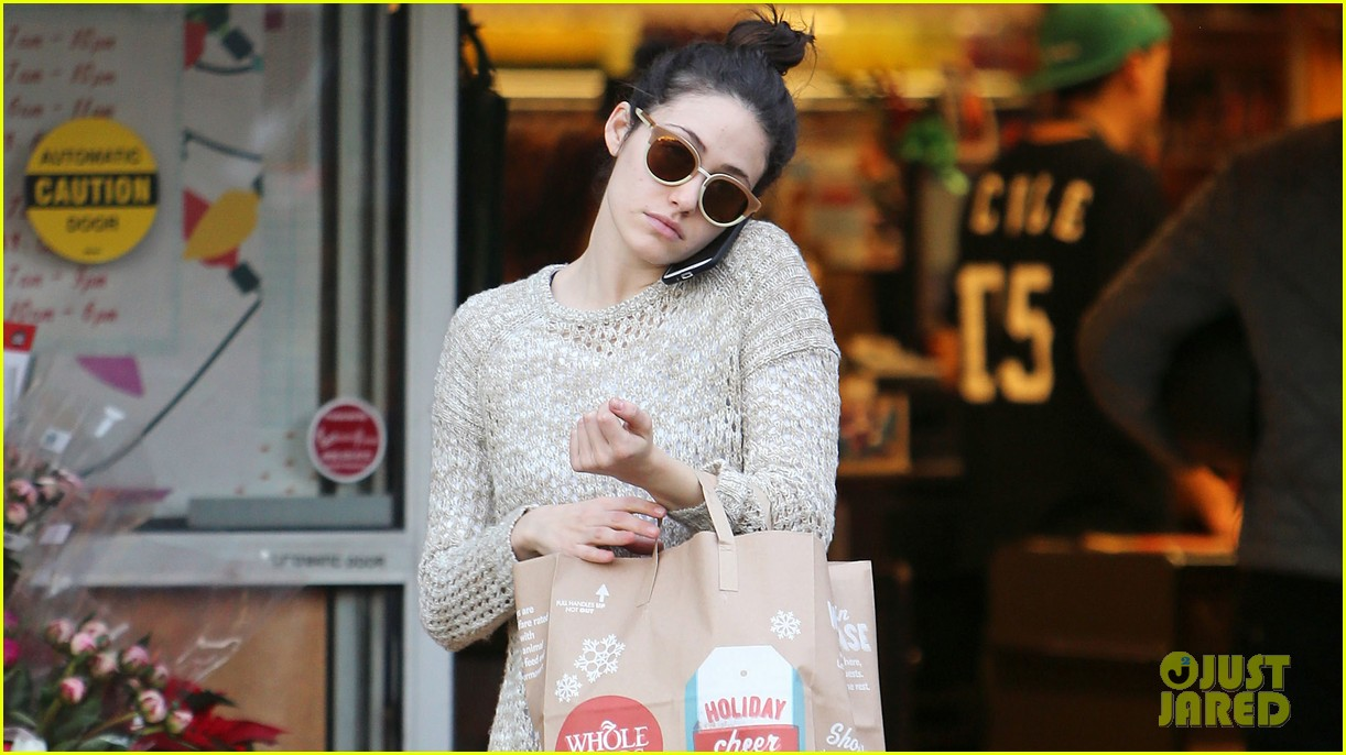 emmy rossum lazy catch up day with justin chatwin 043016609