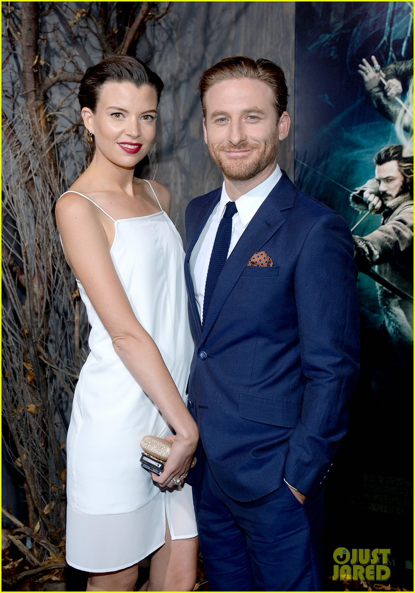 luke evans richard armitage desolation of smaug premiere 143003918
