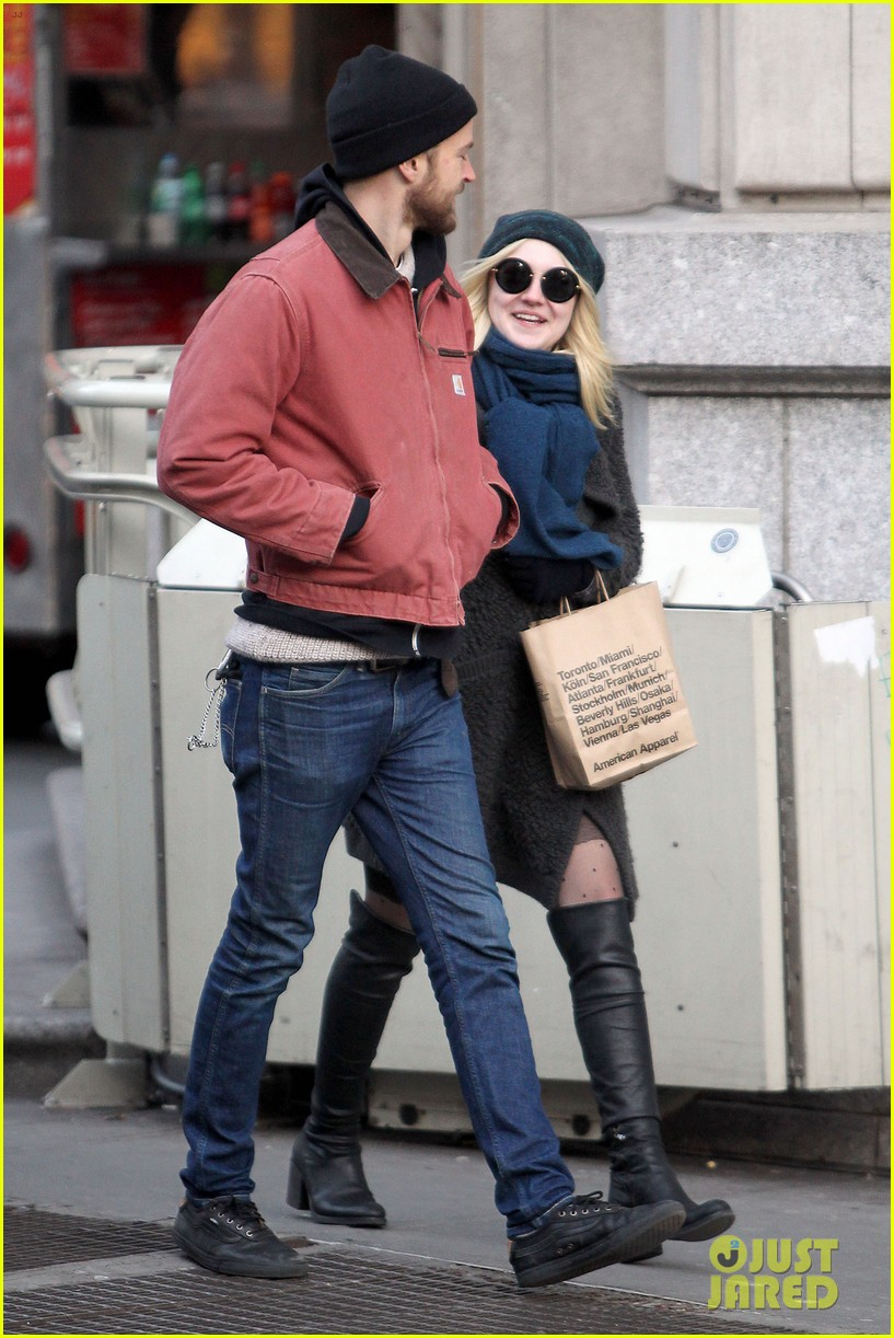 dakota fanning boyfriend jamie stratchan walk arm in arm in new york city 073010767
