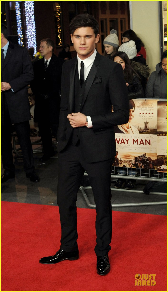 colin firth jeremy irvine railway man london premiere 033005004