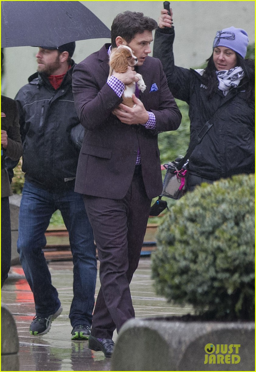 james franco cradles puppy with seth rogen for interview 073002918