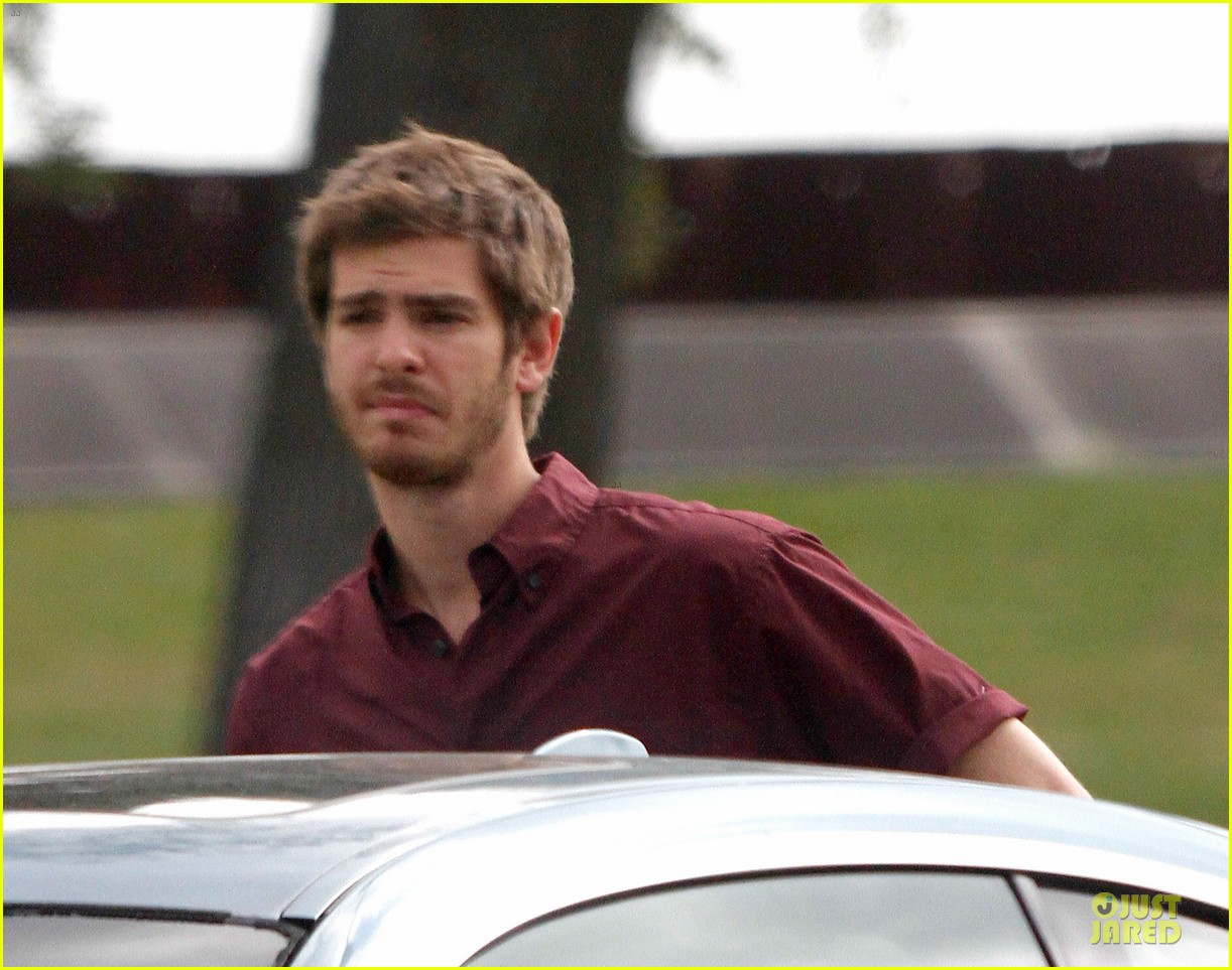 andrew garfield 99 homes set with michael shannon 133004441