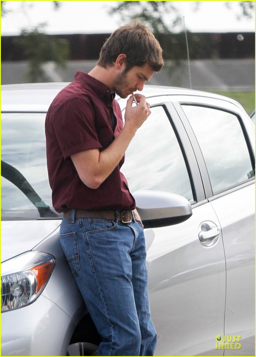 andrew garfield 99 homes set with michael shannon 173004445