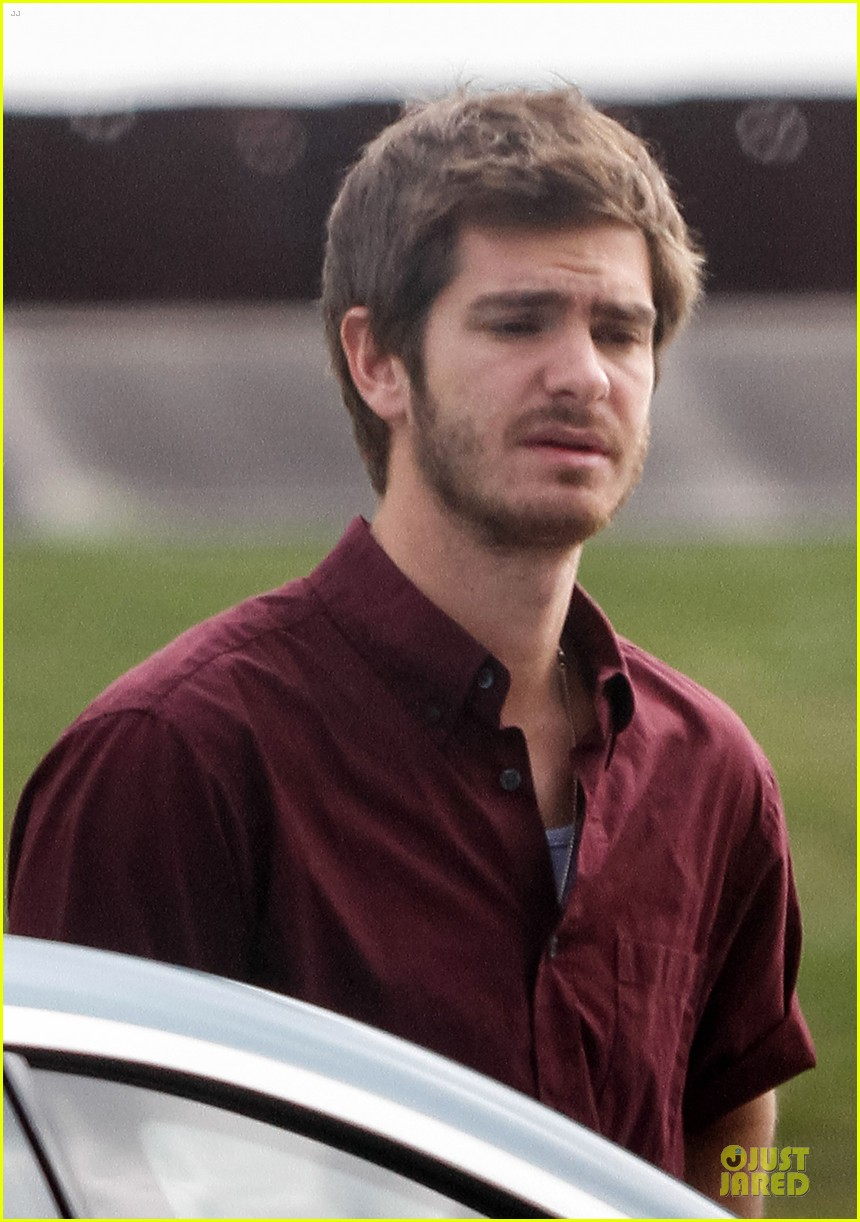andrew garfield 99 homes set with michael shannon 213004449