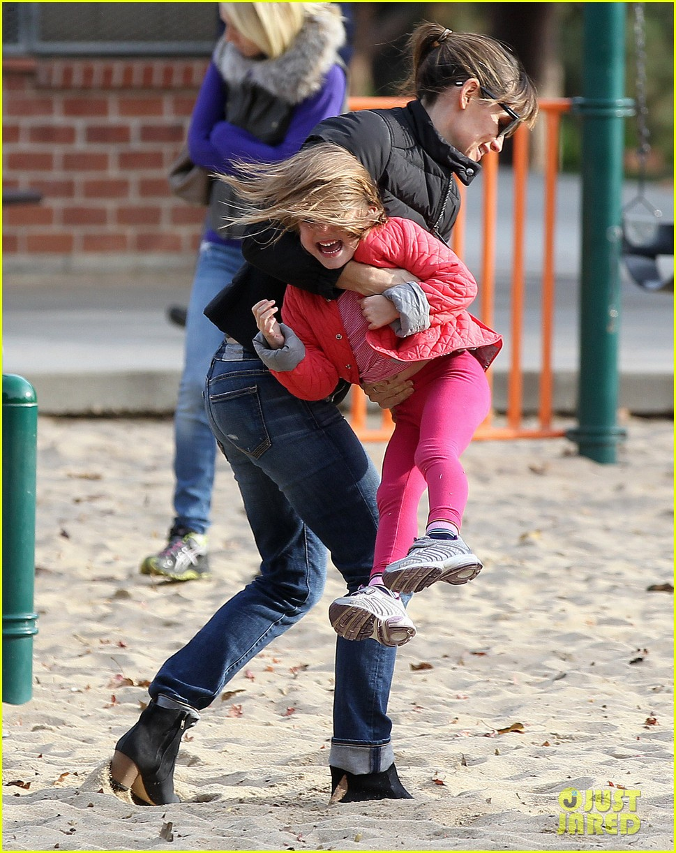 jennifer garner ben affleck sunday park day with the kids 133008334