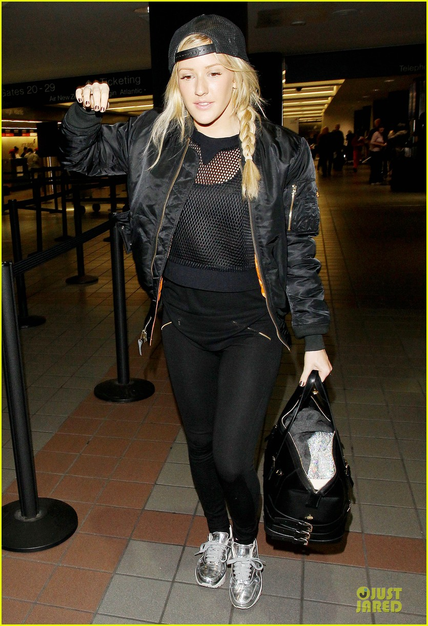 ellie goulding sports perforated top for lax departure 103002790