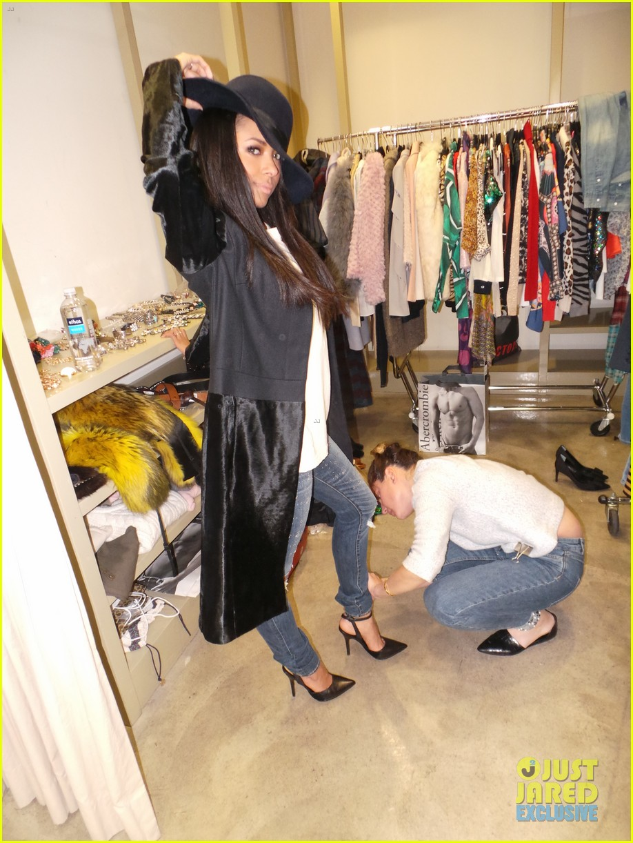 kat graham jj spotlight of the week behind the scenes pics 12