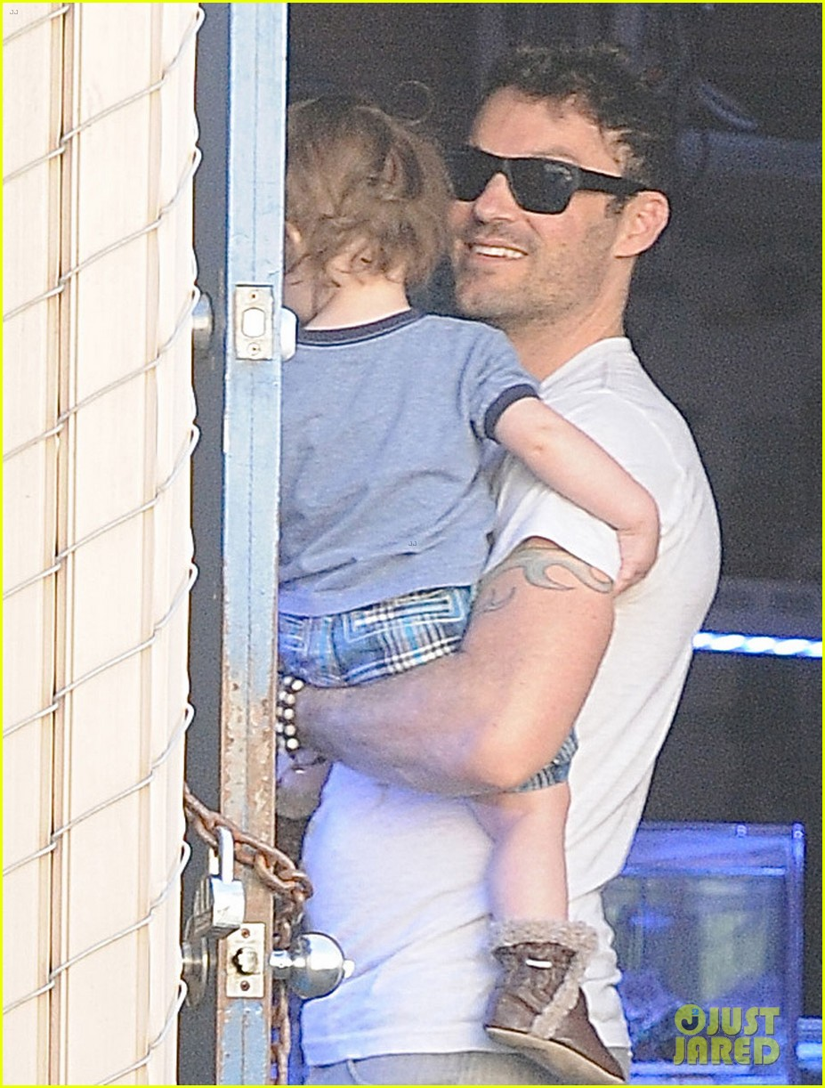 brian austin green steps out with 15 month old son noah 023020006