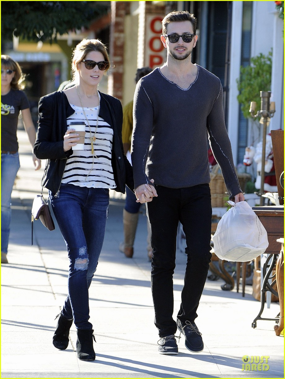 ashley greene paul khoury romancing the bean date 093012088