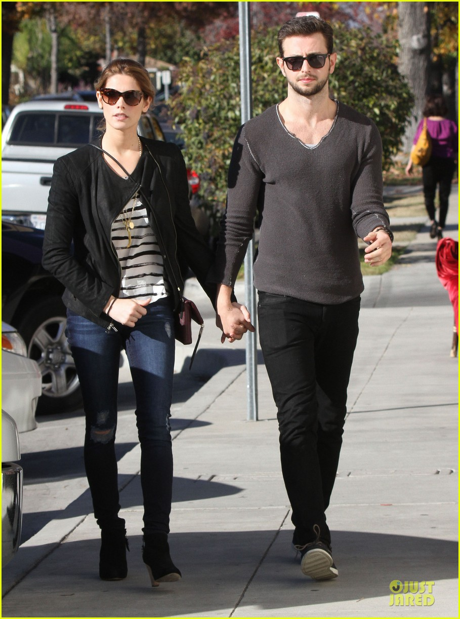 ashley greene paul khoury romancing the bean date 193012098