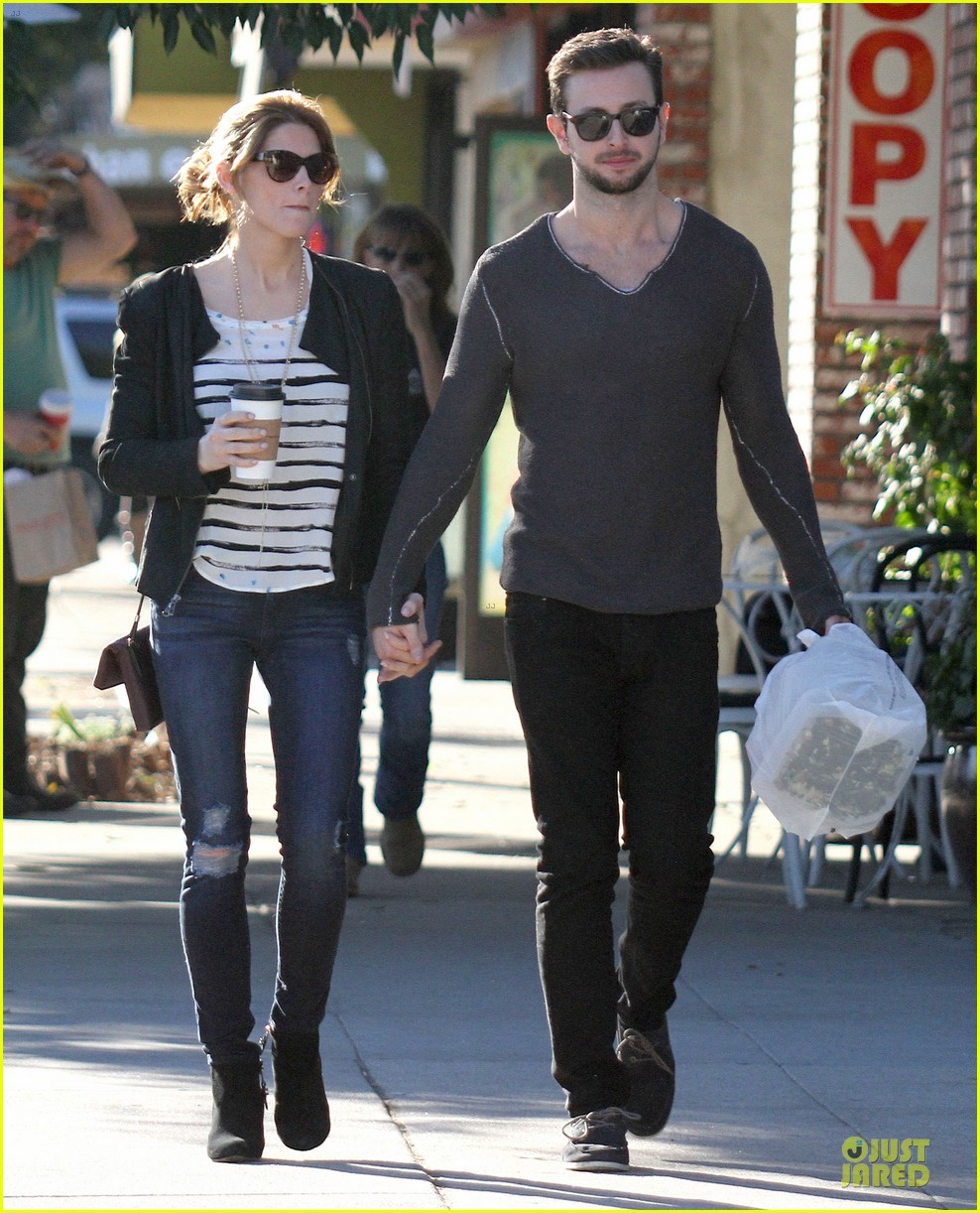 ashley greene paul khoury romancing the bean date 253012104