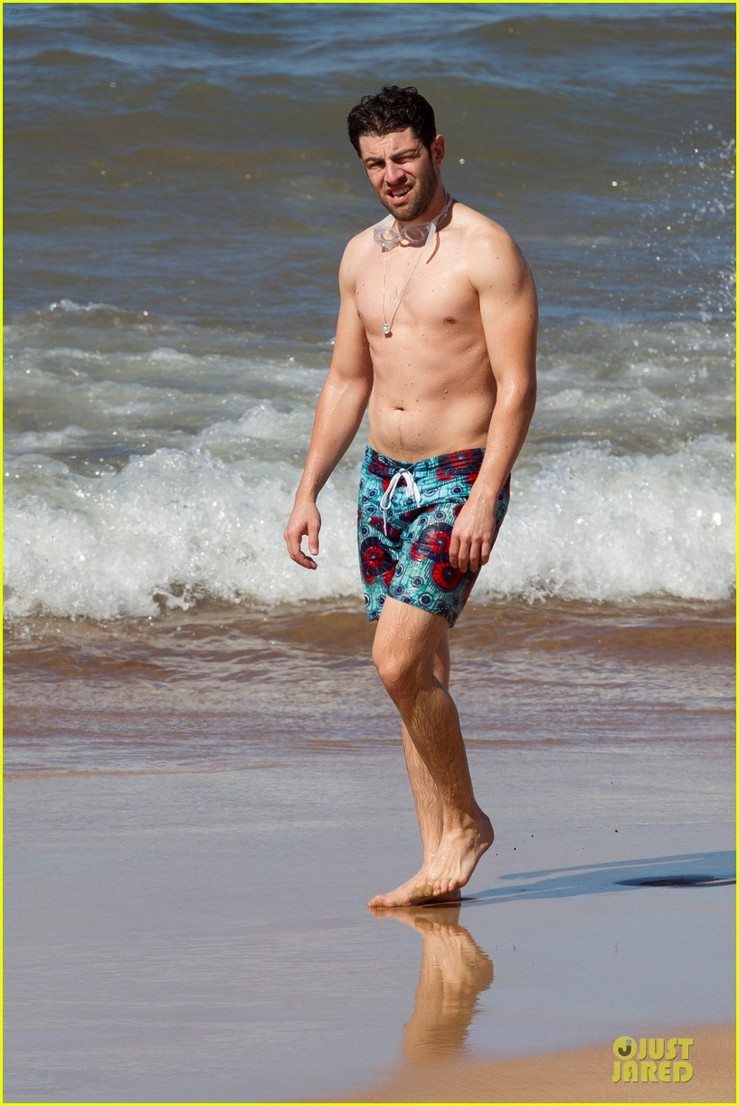 max greenfield shirtless vacation with bikini clad wife tess 013020267
