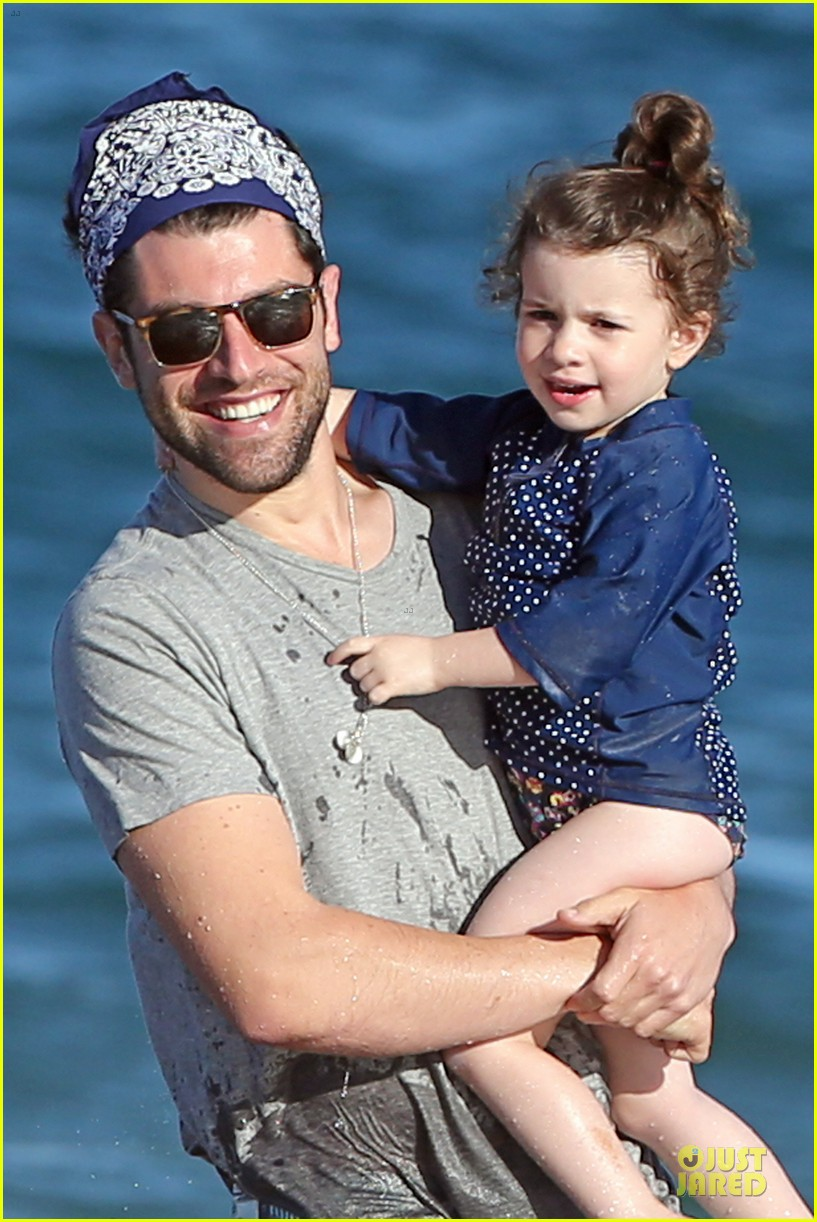 max greenfield shirtless vacation with bikini clad wife tess 113020277
