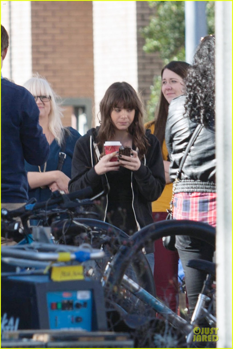 hailee steinfeld wrapping up barely lethal filming 023010198