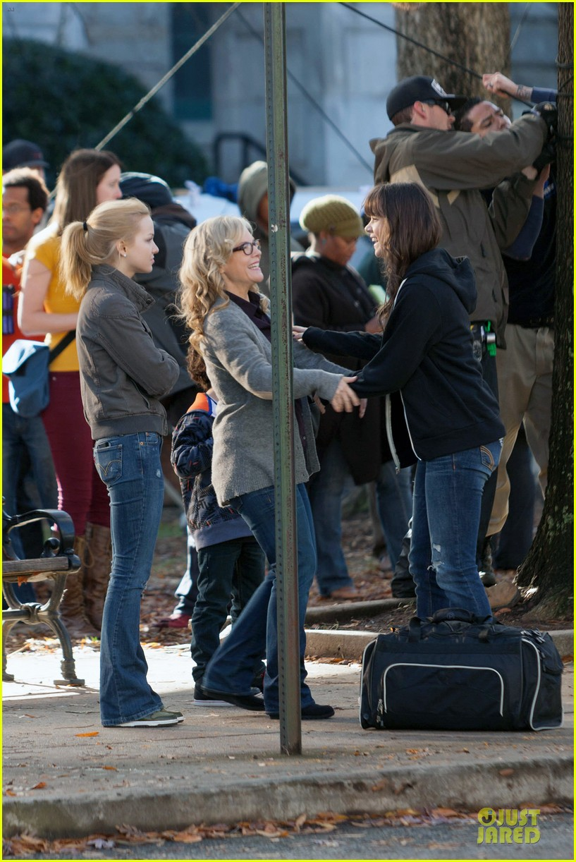 hailee steinfeld wrapping up barely lethal filming 063010202