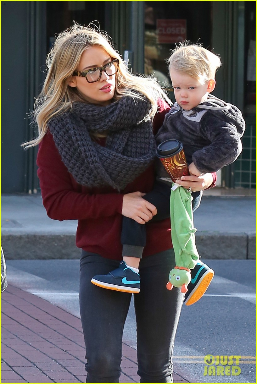 hilary duff busy weekend with her boys 023007790