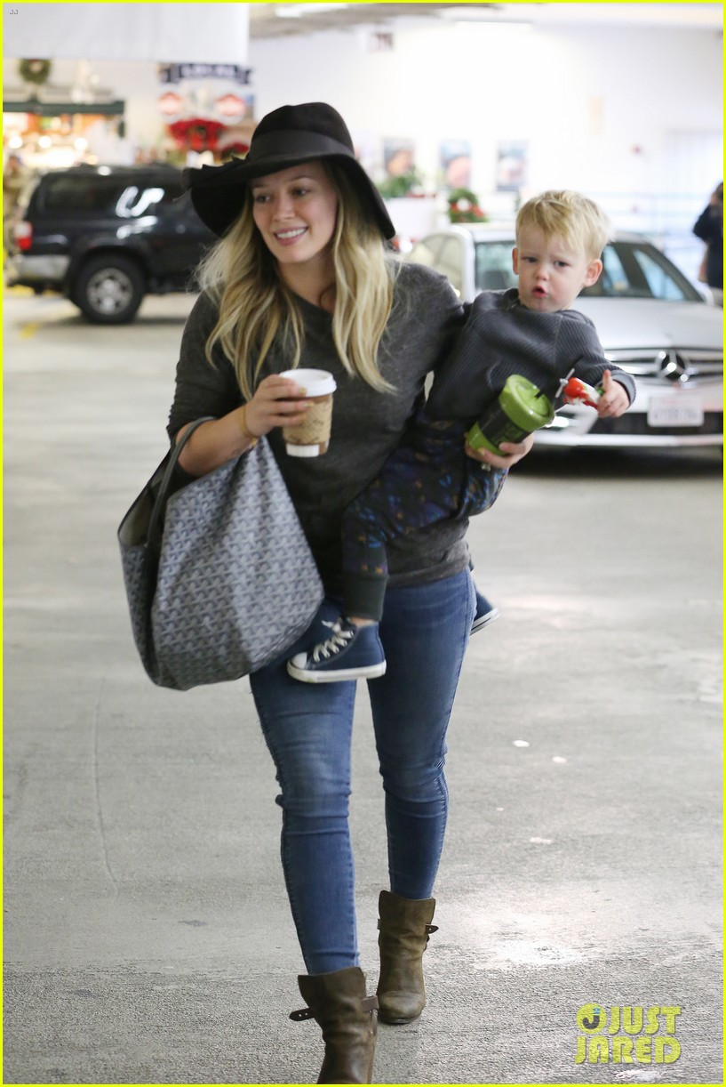 hilary duff busy weekend with her boys 173007805