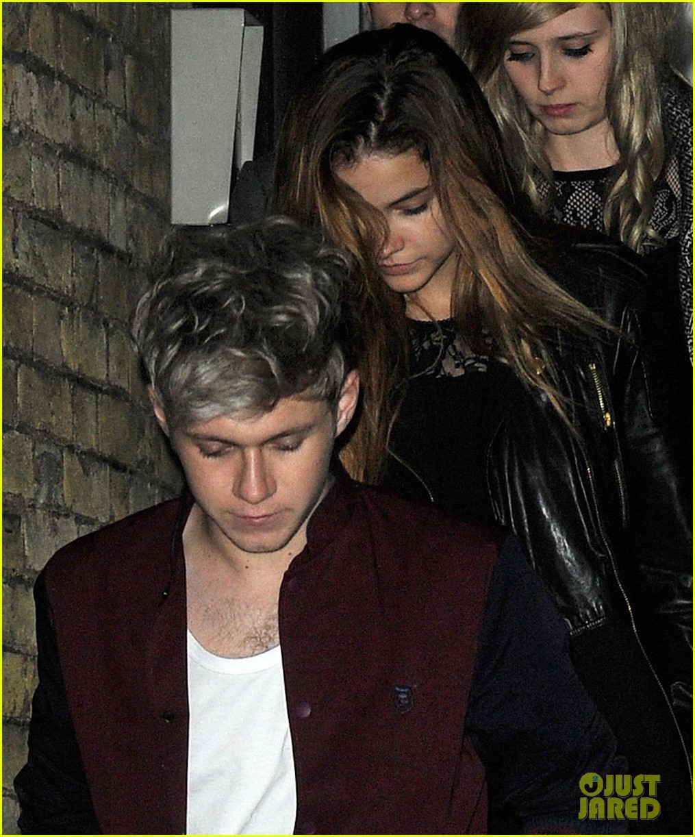 niall horan model barbara palvin hold hands at x factor uk 053012851
