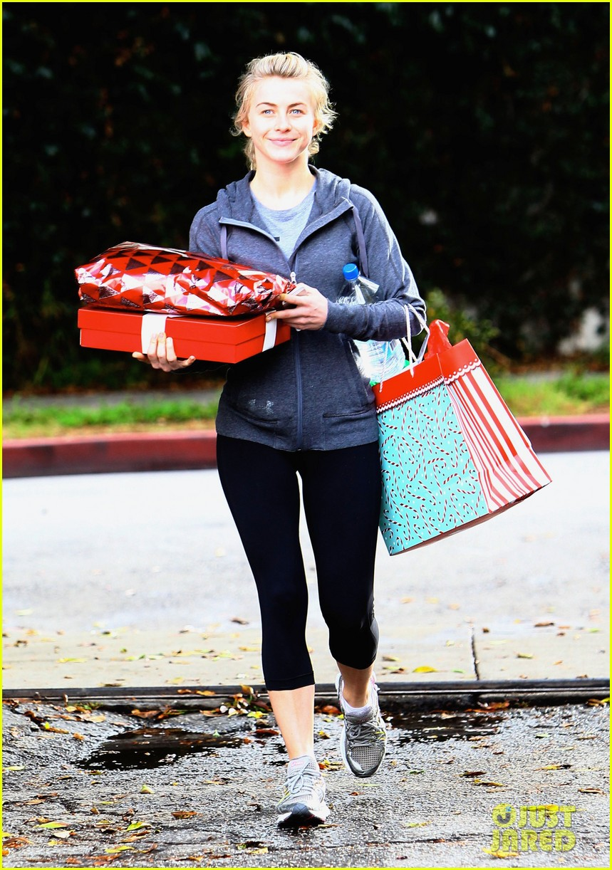 julianne hough is ready for christmas with armful of gifts 053015290