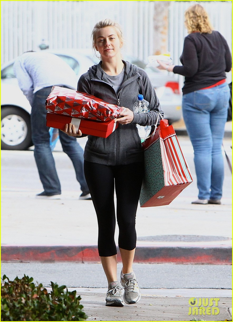 julianne hough is ready for christmas with armful of gifts 093015294