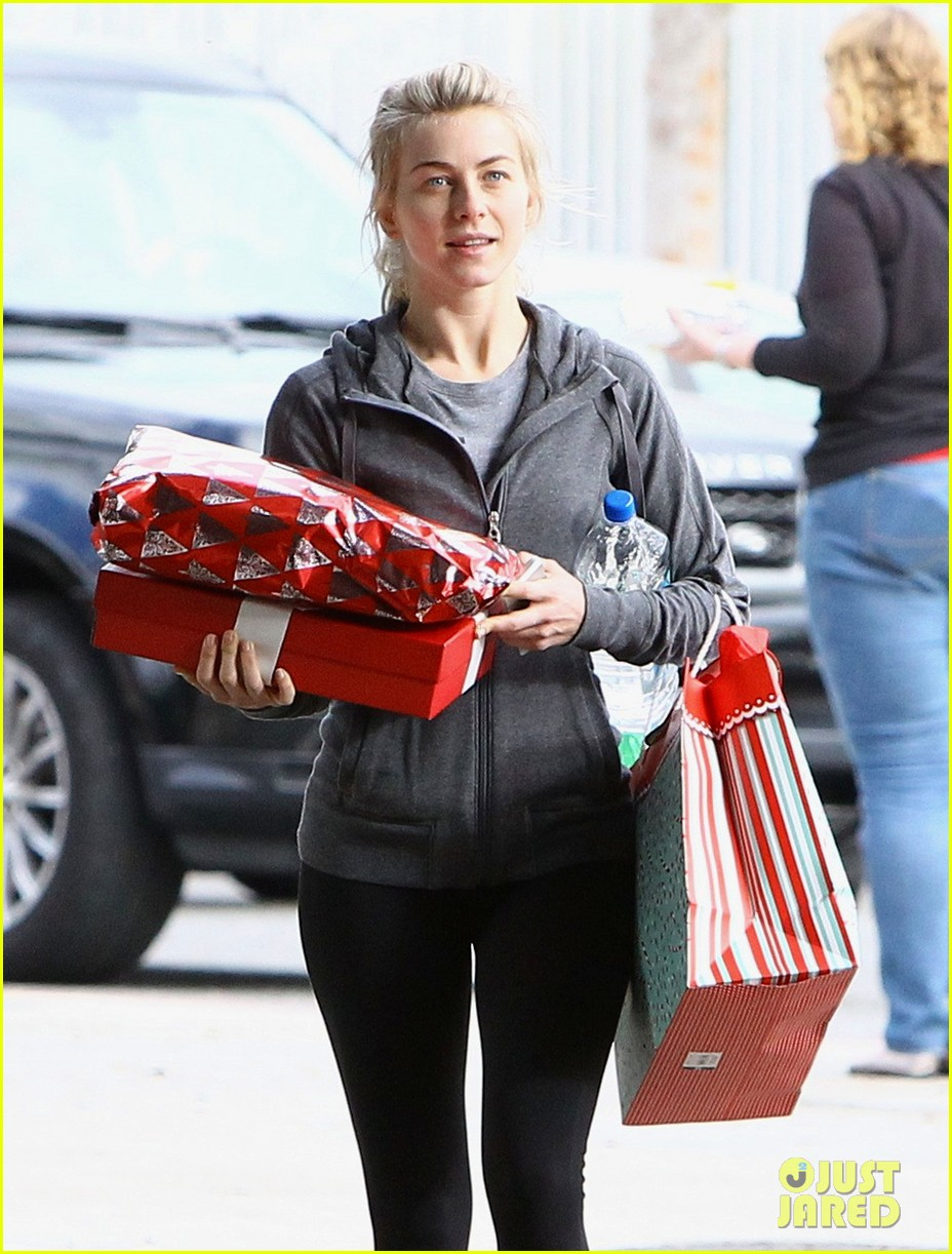 julianne hough is ready for christmas with armful of gifts 123015297