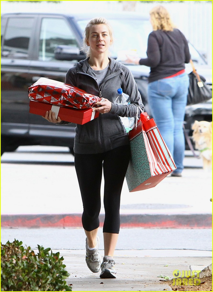 julianne hough is ready for christmas with armful of gifts 13