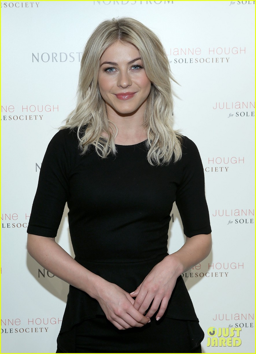 julianne hough sole society shoe collection launch 033007537
