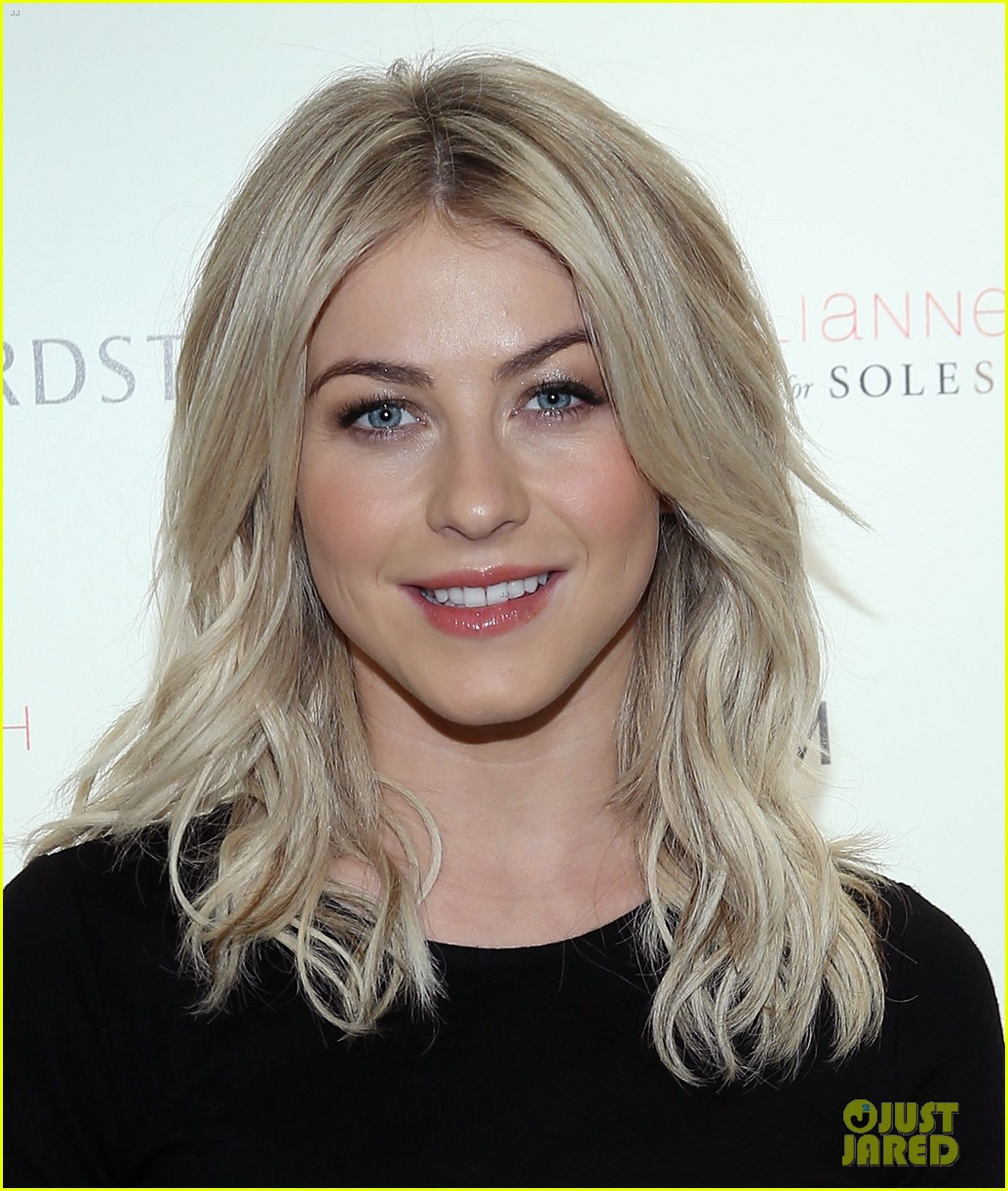 julianne hough sole society shoe collection launch 043007538