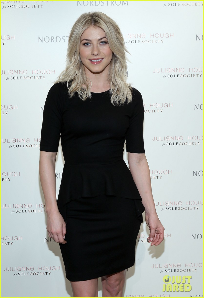 julianne hough sole society shoe collection launch 093007543