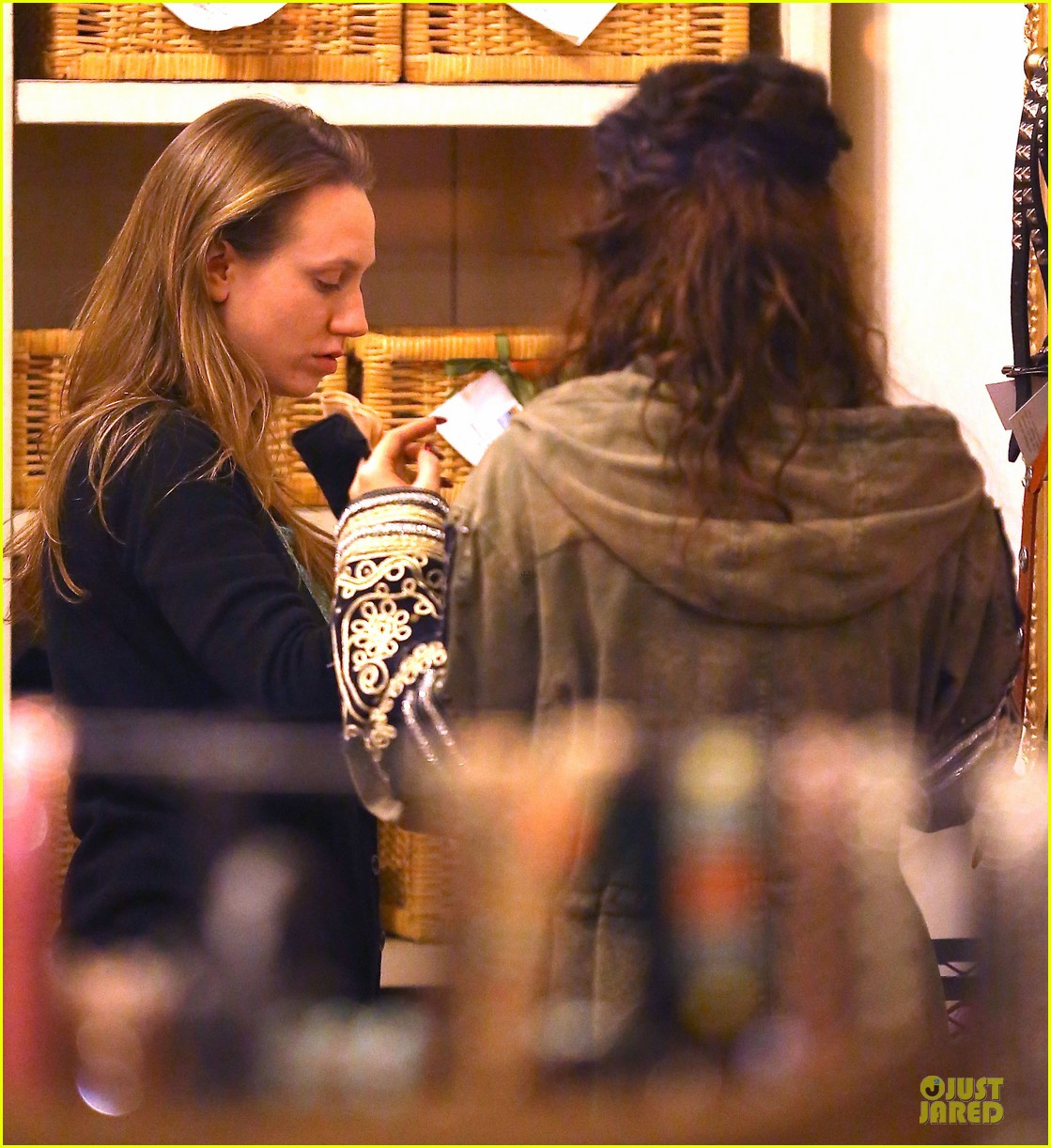 vanessa hudgens last minute holiday shopping at pet store 153016914