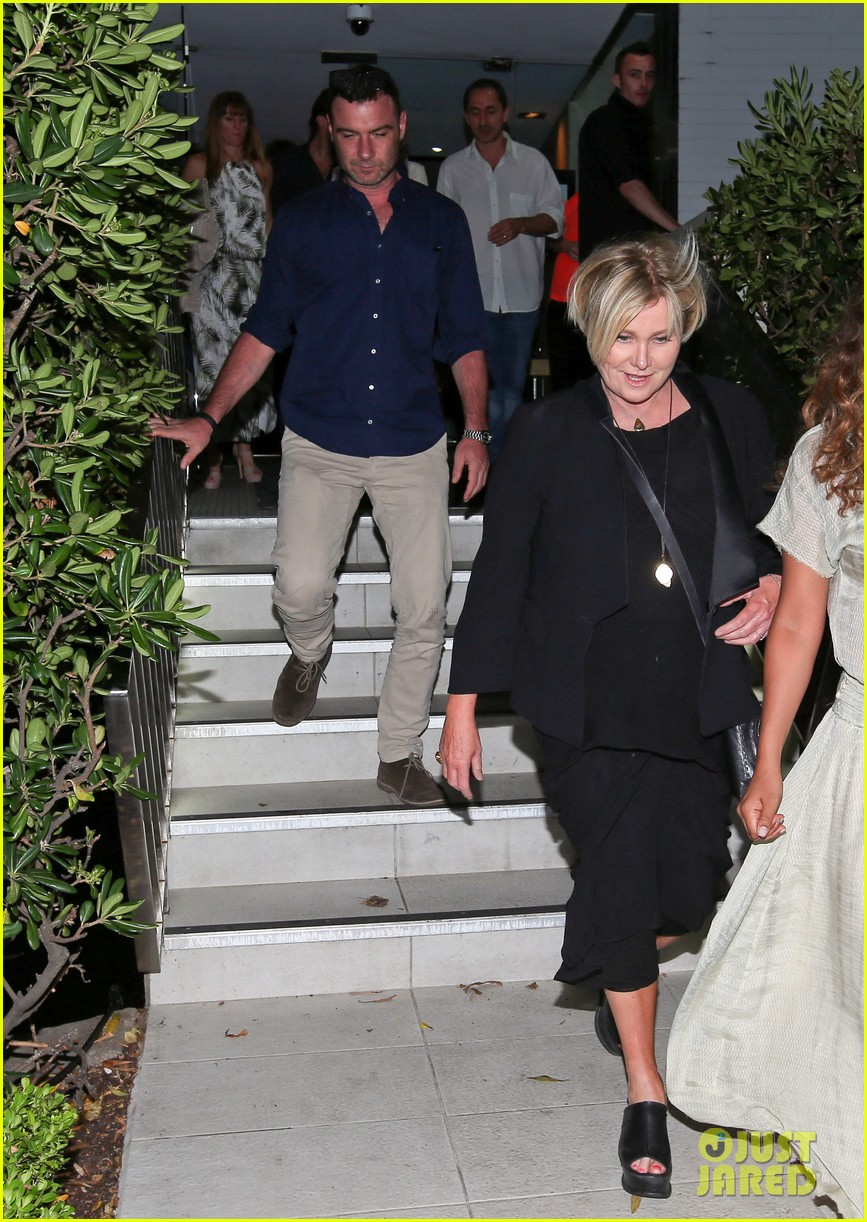 hugh jackman naomi watts their spouses enjoy dinner together in sydney 033014833