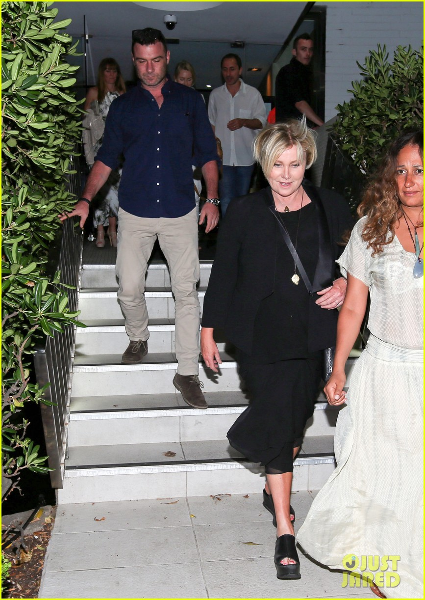 hugh jackman naomi watts their spouses enjoy dinner together in sydney 063014836