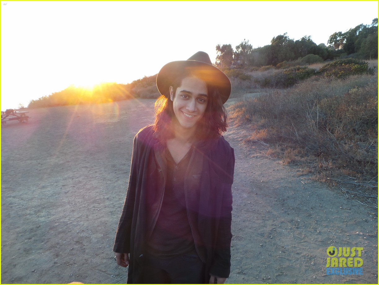 avan jogia jj spotlight of the week behind the scenes pics 053008696