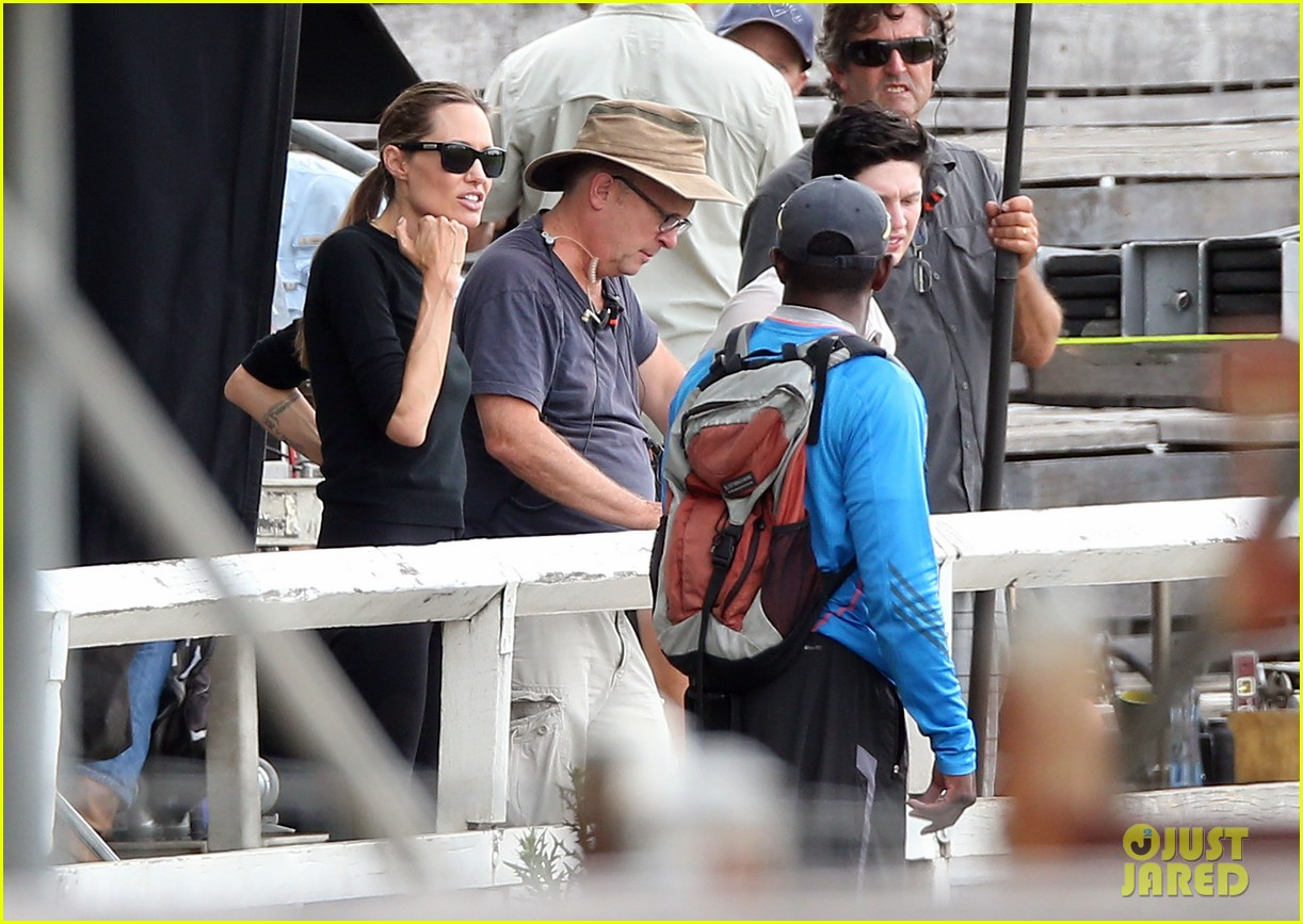 angelina jolie back to work for unbroken after family weekend 053008176