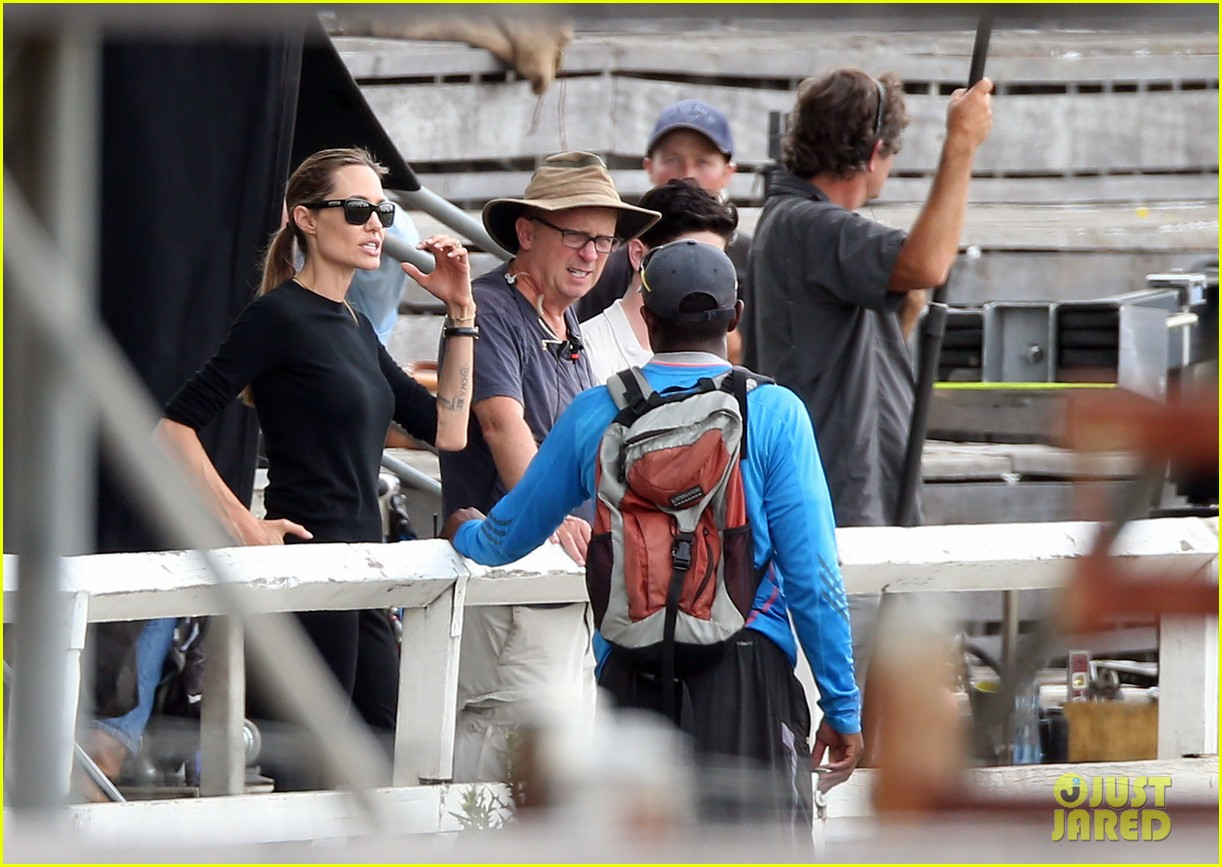 angelina jolie back to work for unbroken after family weekend 103008181