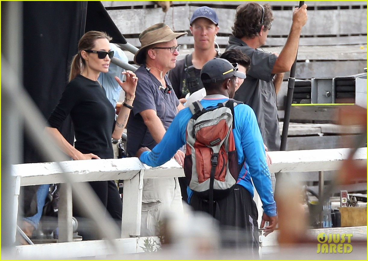 angelina jolie back to work for unbroken after family weekend 133008184