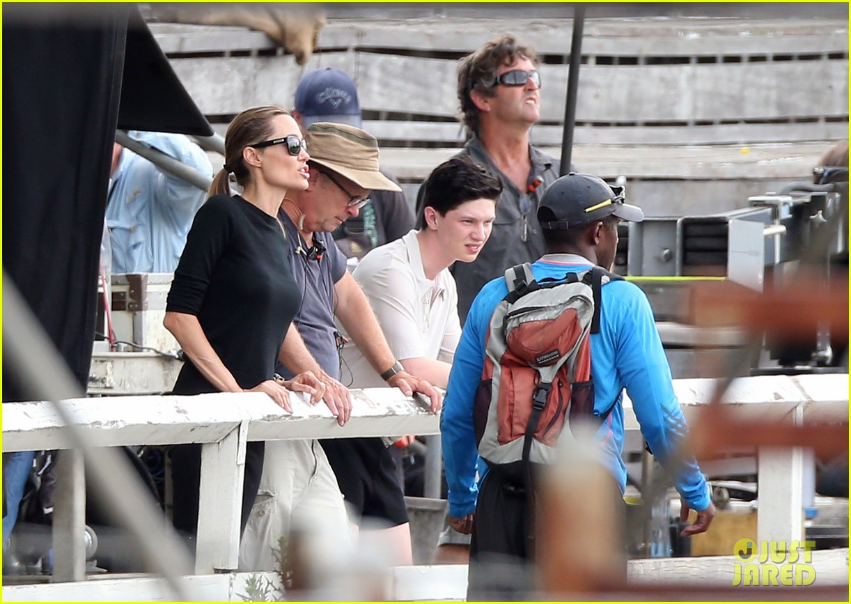 angelina jolie back to work for unbroken after family weekend 143008185