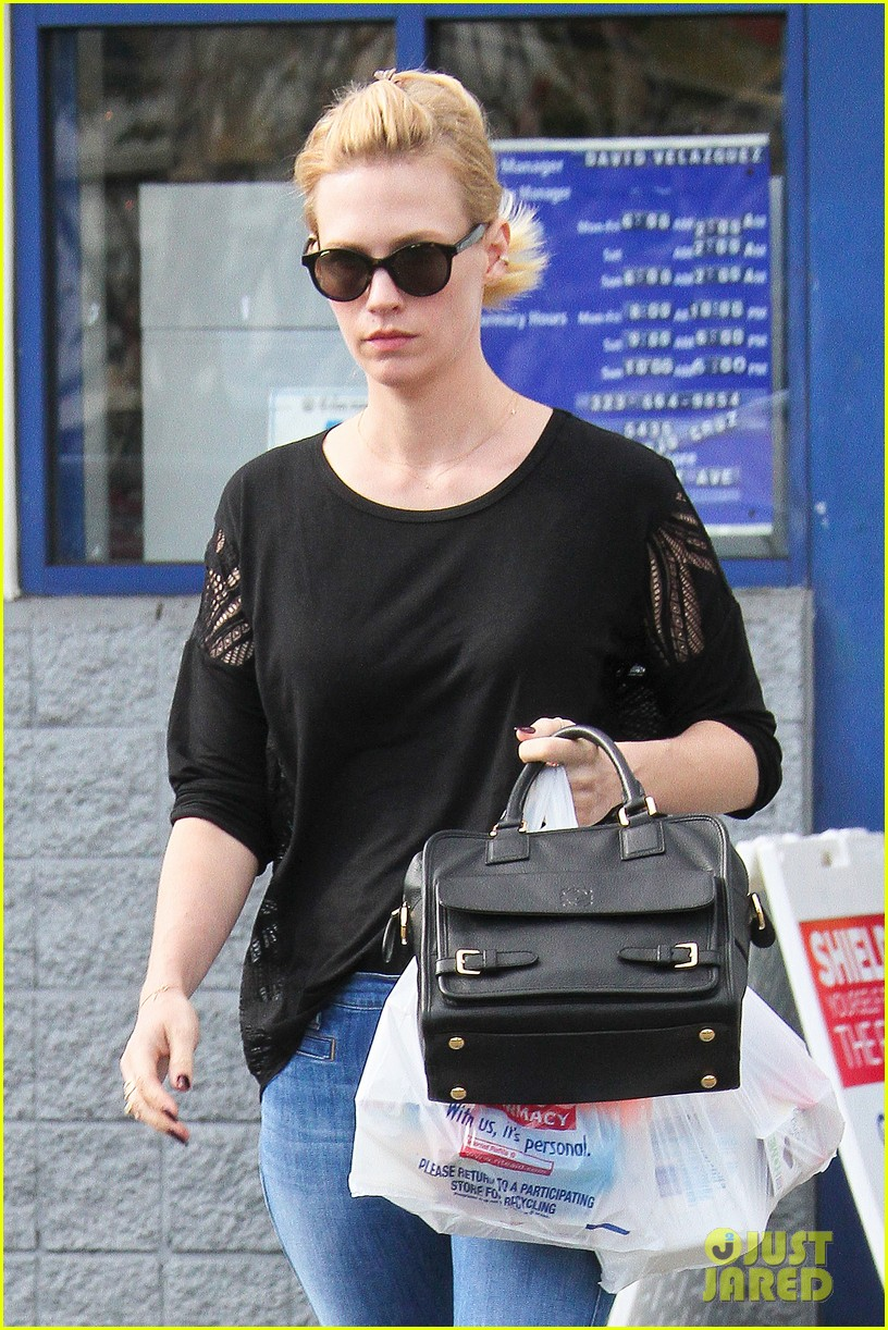 january jones buy mad men christmas cd for the holidays 023013660