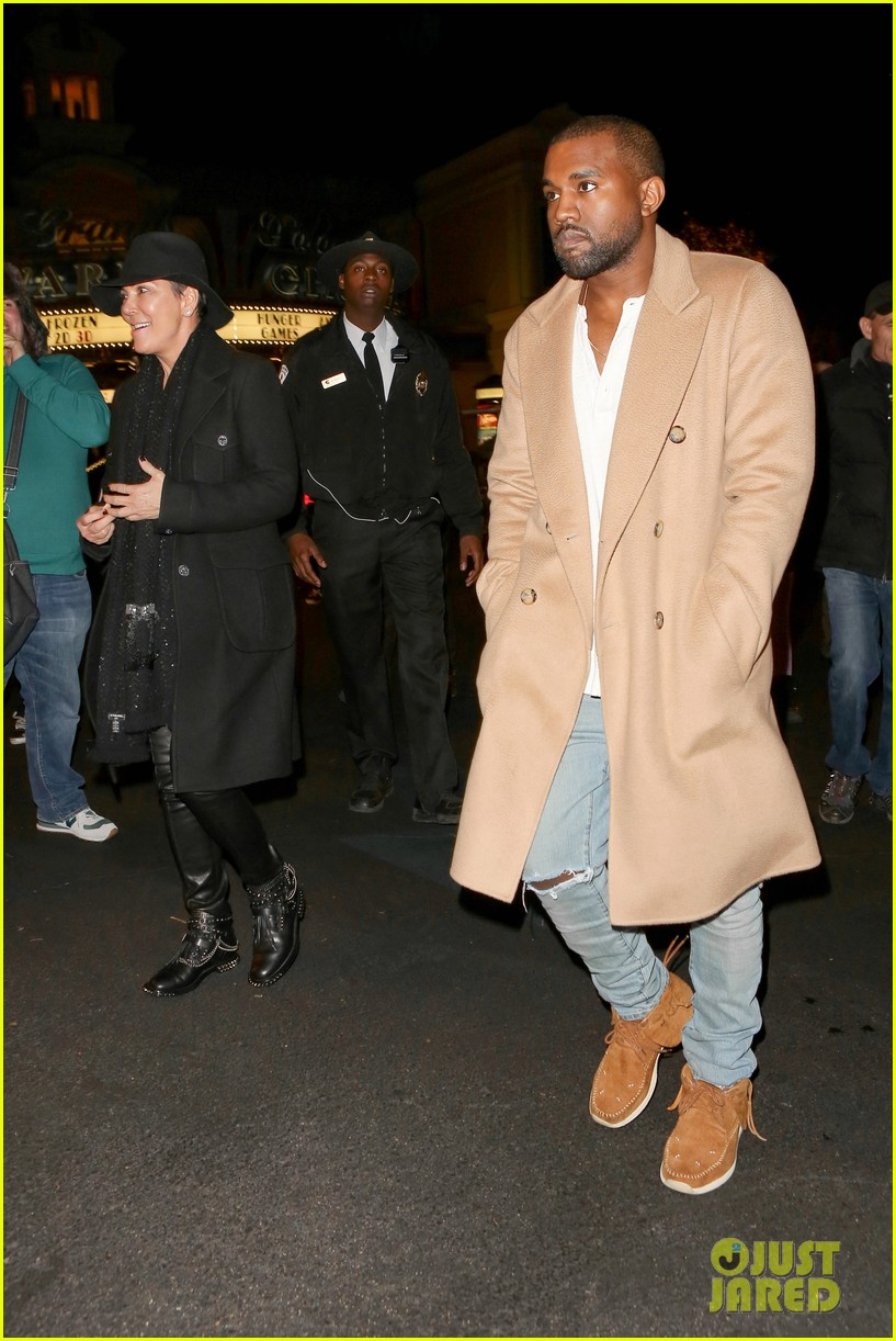 kim kardashian kanye west anchorman 2 with the family 123016038