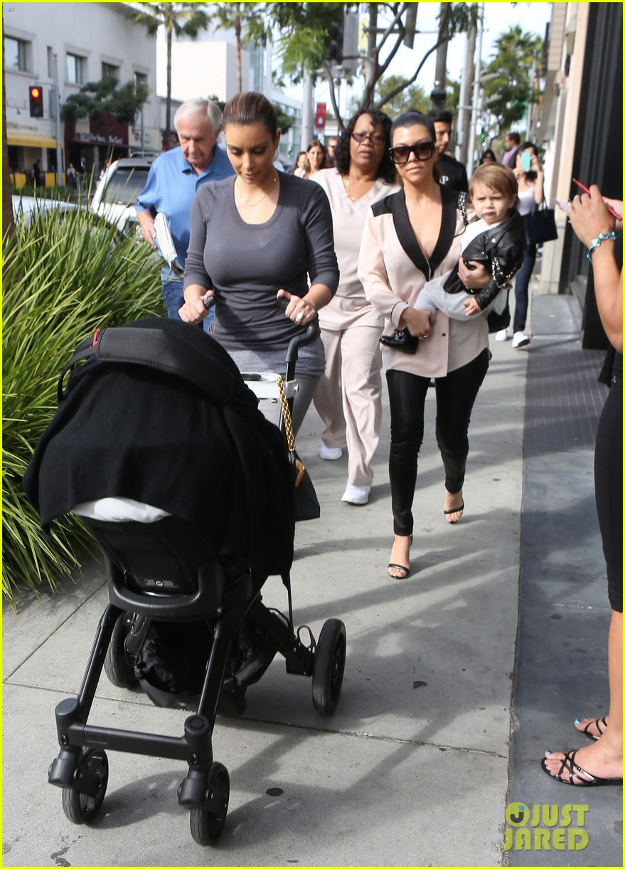 kim kourtney kardashian get lunch with their daughters 213013127