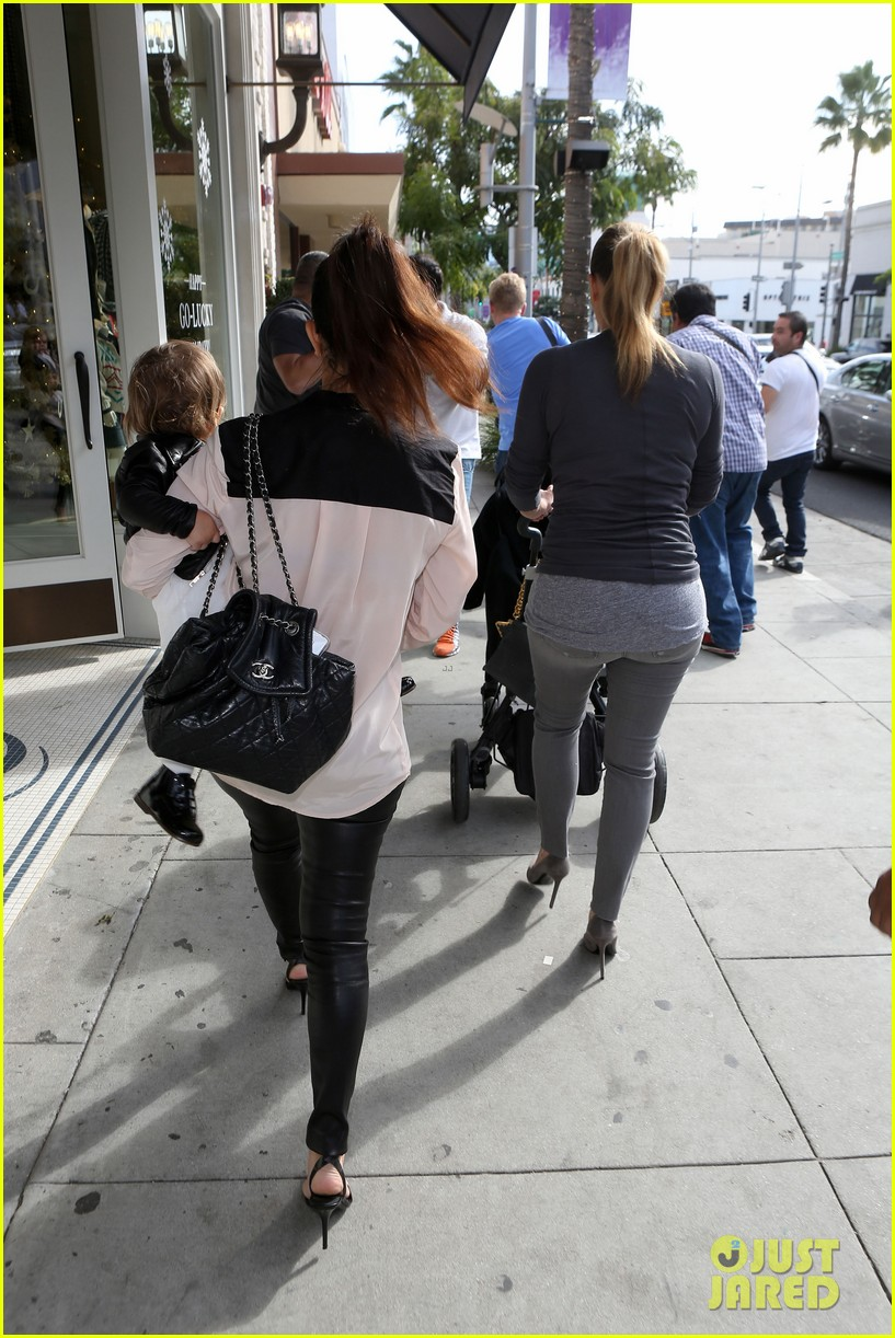 kim kourtney kardashian get lunch with their daughters 253013131