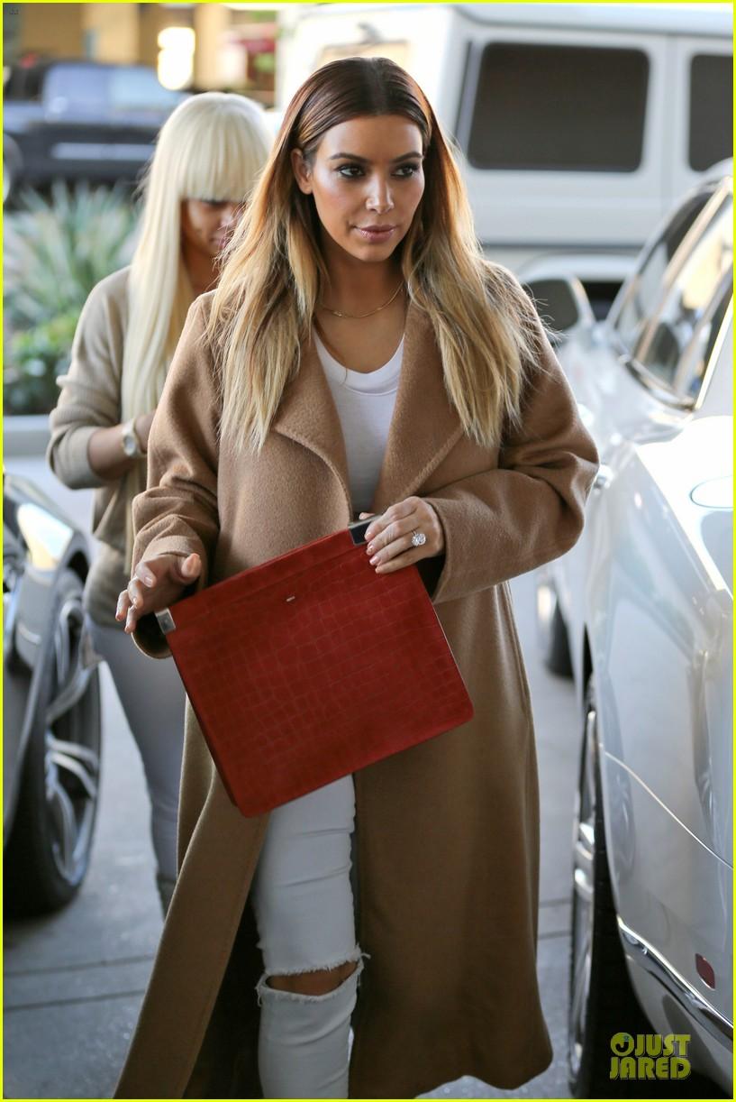 kim kardashian neiman marcus stop after knloe split news 073011529