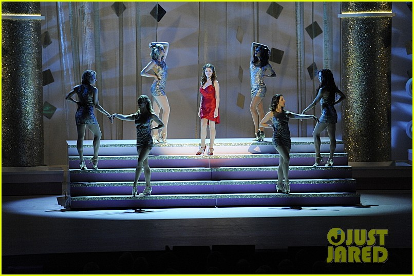 anna kendrick performs at kennedy center honors 2013 video 033019850