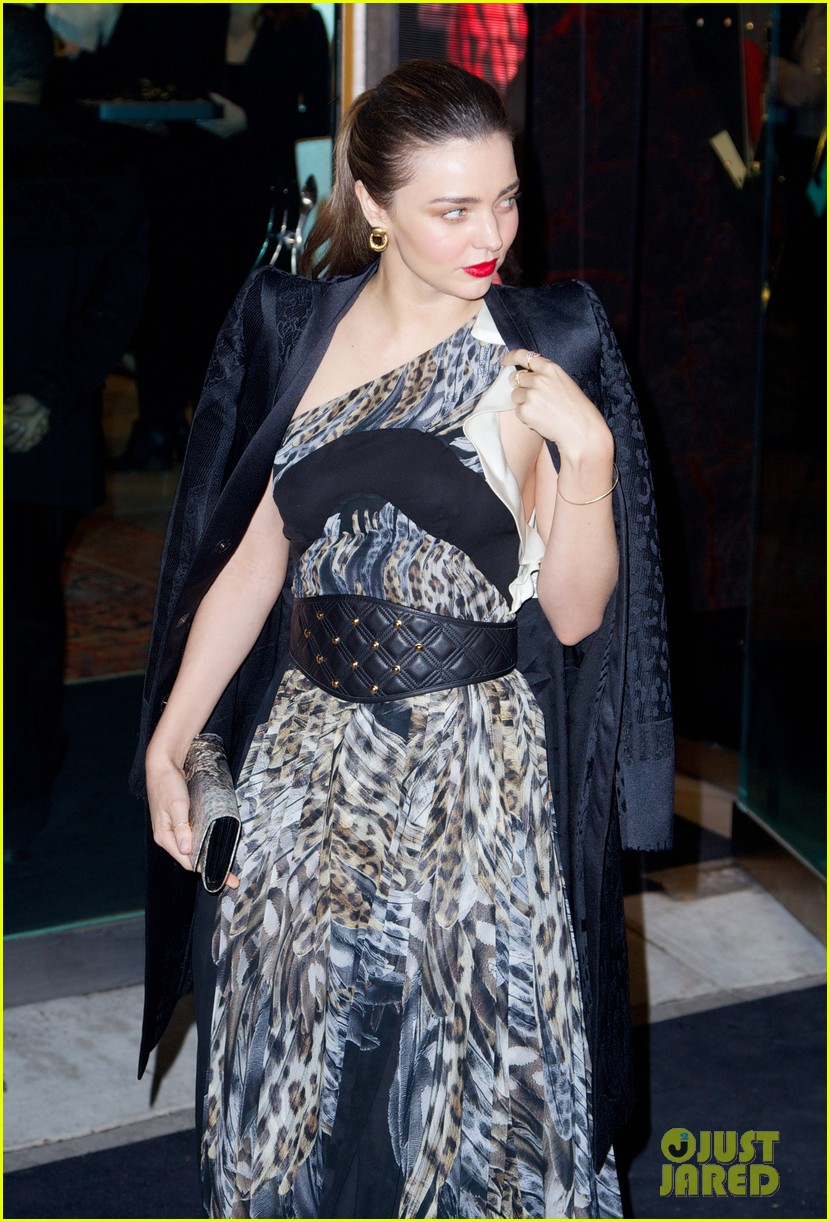 miranda kerr heather graham just cavalli store opening 20